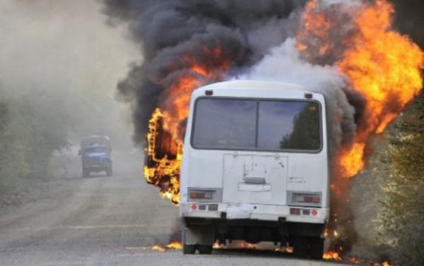 В Волгодонске сгорел автобус