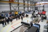 Виктор Мельников посетил площадку нового производства комплектующих  по сжижению газа