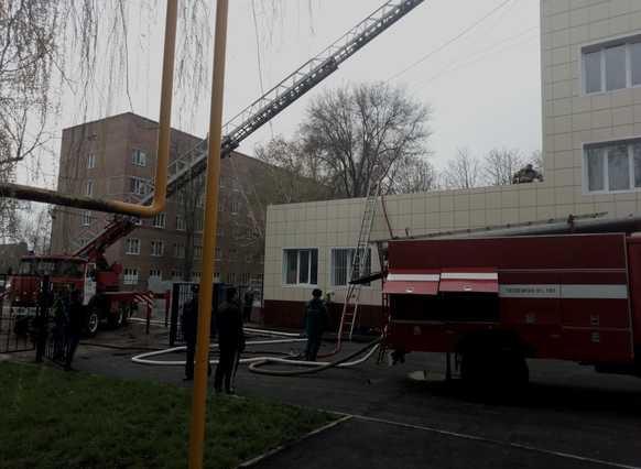 В Волгодонске произошел пожар на территории ЦГБ