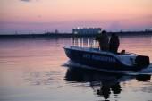 Транспортные полицейские Волгодонска очистили от сетей залив и задержали браконьера