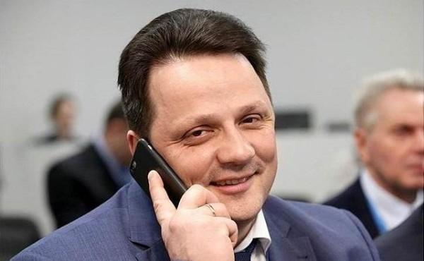 Жена одного из заместителей губернатора Ростовской области заработала в 13 раз больше мужа