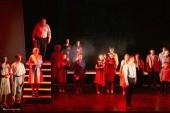 Волгодонский молодежный драмтеатр показал горожанам спектакль «Помнить – для того, чтобы жить»