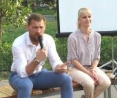 «Диалог на Равных»: боксер Дмитрий Кудряшов встретился с молодежью Волгодонска в сквере «Дружба»