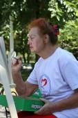 В сквере «Юность» представители старшего поколения провели экологический вернисаж