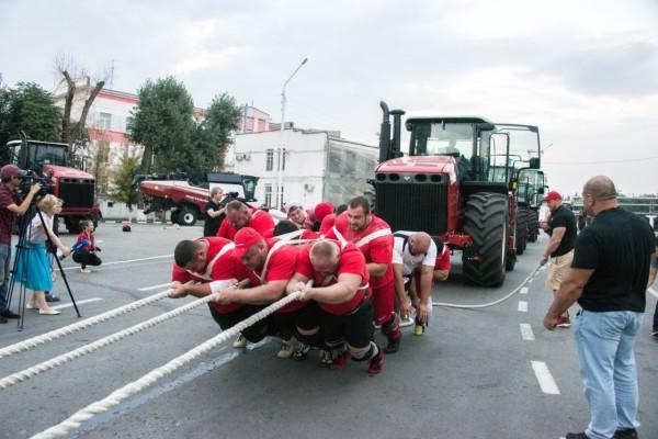 «Великий шелковый путь на Дону»: силовой экстрим, гонки на внедорожниках, парусная регата