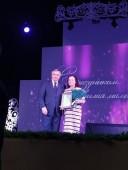 Ирина Броницкая получила почетный диплом «За заслуги в воспитании детей» от губернатора Ростовской области