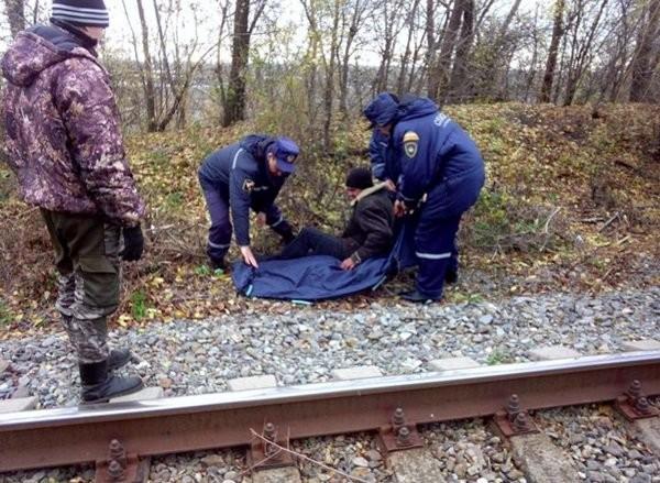 В Ростовской области мужчина сутки пролежал на улице, повредив ногу