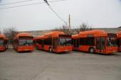 На помощь частным перевозчикам на автобусные маршруты №4 и №12 вышел муниципальный транспорт