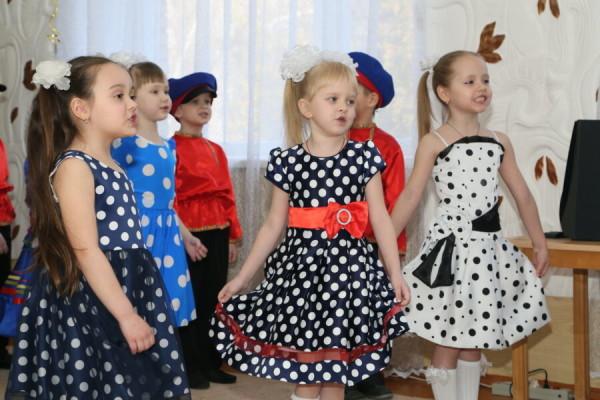 Первая заведующая детским садом «Мишутка» Алевтина Гагарина получила знак отличия «За вклад в развитие города Волгодонска»