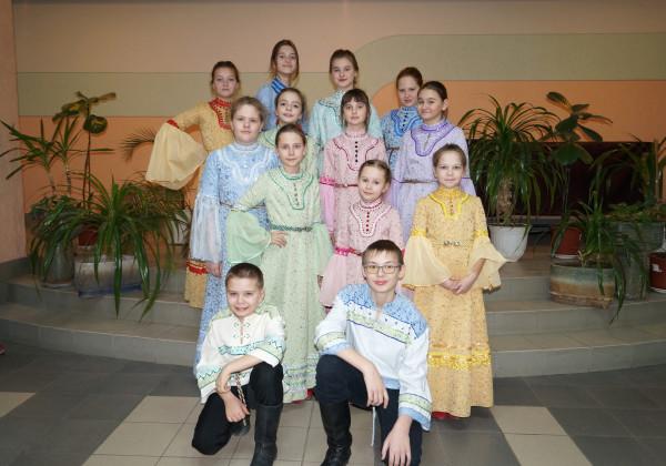 Ансамбль русской песни «Райдуга» принял участие в VIII открытом всероссийском конкурсе-фестивале народной песни «Донские зори»