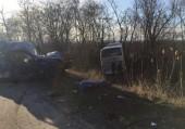 Автобус, грузовик и три легковых автомобиля столкнулись на дороге Ростов – Волгодонск