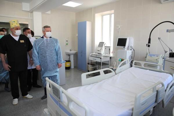 Василий Голубев распорядился закупить дополнительно 17 аппаратов ИВЛ