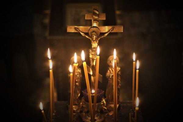 В родительскую субботу и на Радоницу от посещения храмов и кладбищ придется отказаться