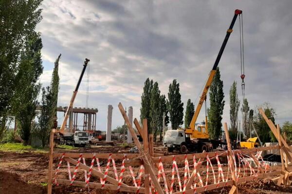 Строительство нового автомобильного моста в Волгодонске идет по графику