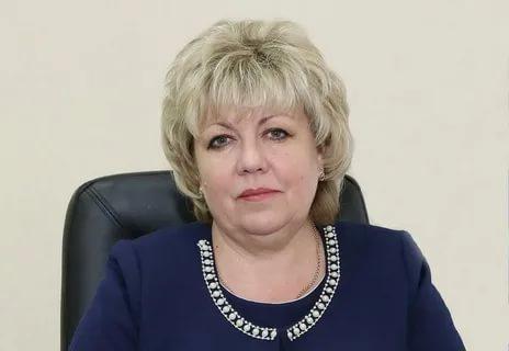 Заместитель главы администрации Волгодонска Светлана Цыба поздравила с праздником социальных работников города