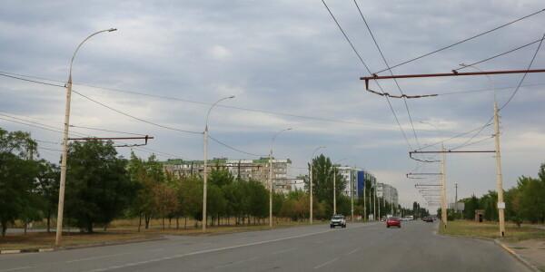 В Волгодонске идет замена старых уличных светильников на новые энергоэффективные