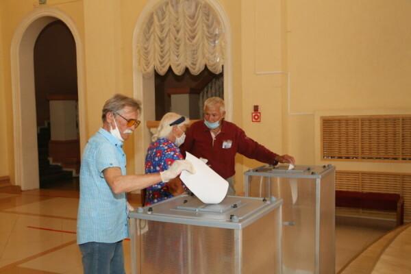 Более 82% голосовавших волгодонцев поддержали поправки в Конституцию