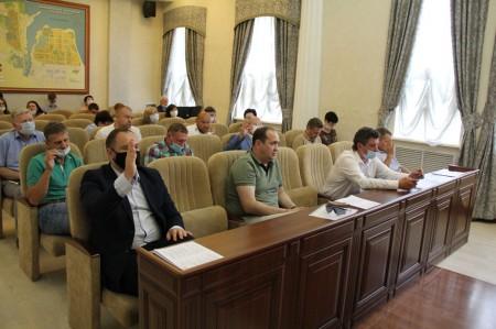 На июльской Думе обсудили безопасность и здоровье горожан