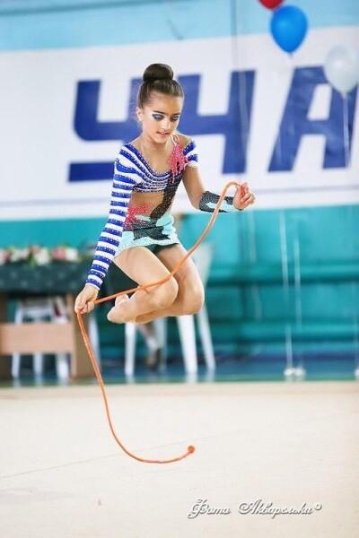 19-летняя гимнастка из Волгодонска Ксения Леонченко получила звание мастера спорта России