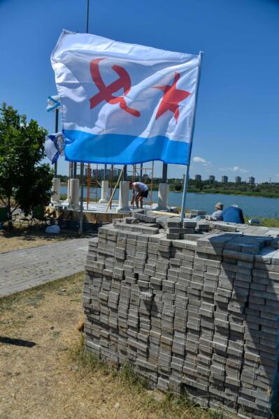 В Волгодонске появится новая достопримечательность: на городской набережной приступили к сооружению ротонды