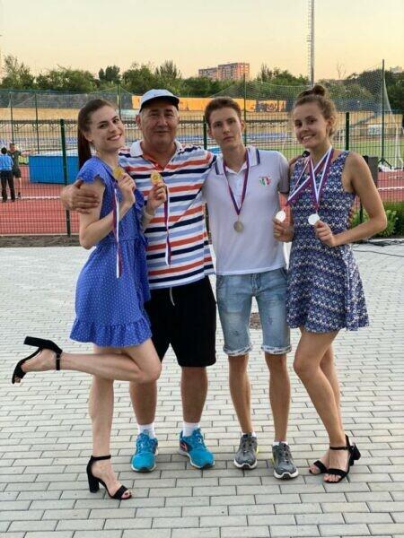 Волгодонские легкоатлеты показали достойные результаты на первых региональных стартах после снятия ограничений