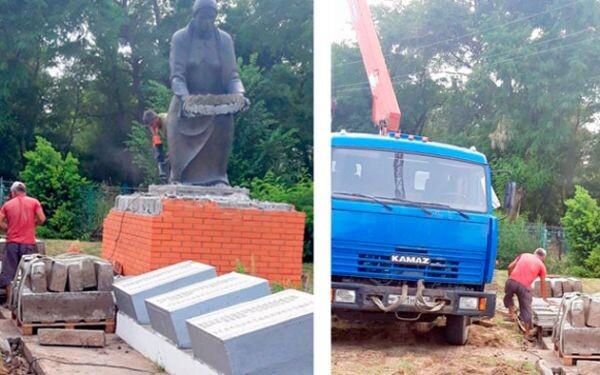 В ст.Красноярской проводится реконструкция памятника «Скорбящая мать»