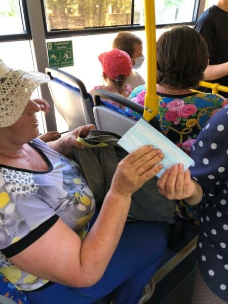 Итоги рейдов по соблюдению масочного режима в общественном транспорте Волгодонска (совместно с представителями ГОЧС)