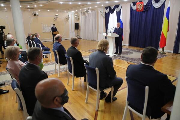 Почётной грамоты президента РФ удостоен руководитель «Ростовской атомной электростанции» Андрей Сальников