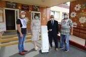 Атоммаш передал в учреждения образования города 30 рециркуляторов воздуха и 12 бесконтактных термометров