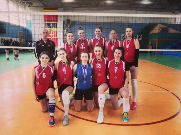 В Волгодонске прошел финал чемпионата Ростовской области по волейболу среди мужских и женских команд