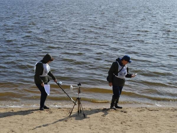 Экологи провели забор воды в водоеме-охладителе Ростовской АЭС и в Цимлянском водохранилище