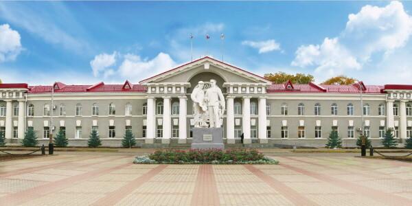 Виктор Мельников подписал контракты со своими заместителями и на должность заместителя по городскому хозяйству назначил Александра Милосердова