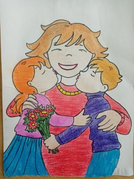 ДК «Октябрь» и центр «Дружбы народов» подготовили и провели выставку детских рисунков ко Дню матери
