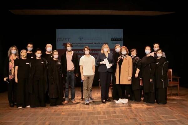 В Волгодонском молодежном драматическом театре подведены итоги работы театральной лаборатории по современной драматургии