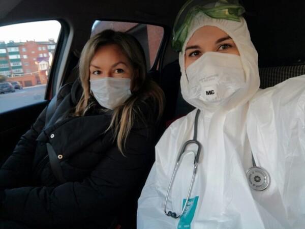 Волонтеры Волгодонска работают в больницах и ковидном госпитале, возят на вызовы врачей, покупают продукты и лекарства для нуждающихся