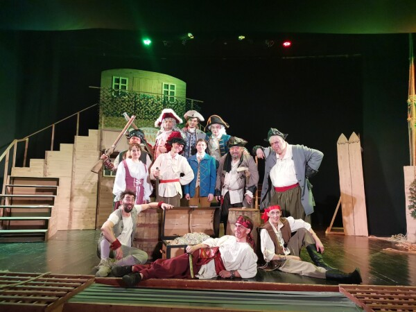8 декабря Волгодонский молодежный драматический театр отпраздновал свой день рождения!