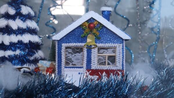 «Новогодний калейдоскоп»: в СЮТ подведены итоги городского конкурса творческих работ, посвященных Новому году и Рождеству
