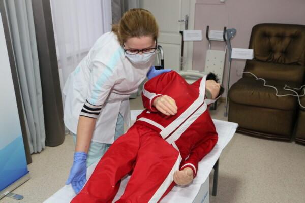 Уход за тяжелобольным: в ЦСО №1 презентовали пилотный обучающий проект