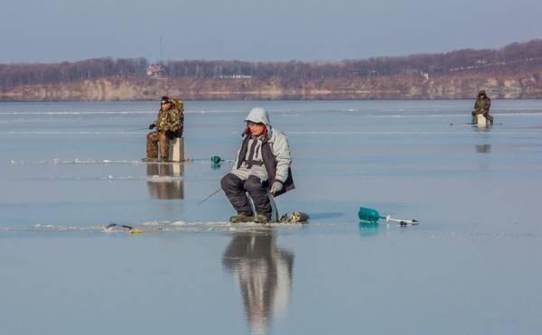 Осторожно, тонкий лед! МЧС Ростовской области предупреждает!