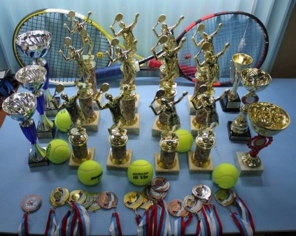 В Волгодонске подвели итоги городского зимнего чемпионата и первенства города по теннису