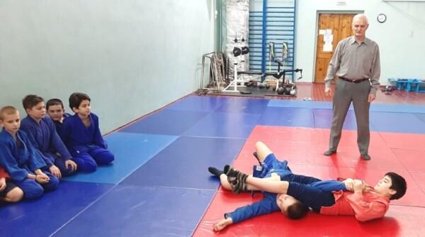В Волгодонске прошли открытые турниры по самбо и дзюдо в честь Дня защитника Отечества