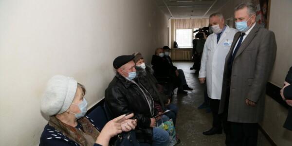 Виктор Мельников: в Волгодонске разработана новая программа поддержки врачей
