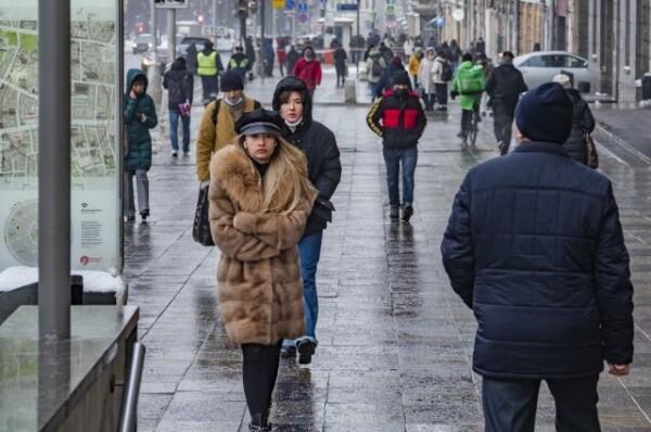 Россиянам напомнили о самой длинной рабочей неделе в году