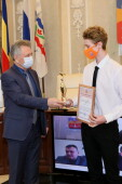 Виктор Мельников поздравил с победой на престижных соревнованиях пловца Вячеслава Зуева