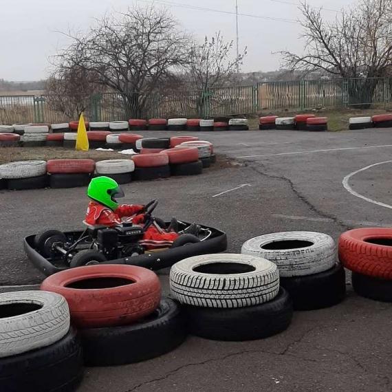 Картингисты СЮТ открыли сезон-2021 «Рождественской гонкой»