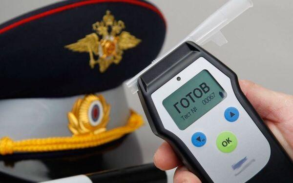 В ходе проведения рейда за нарушение ПДД привлечено к административной ответственности 175 правонарушителей