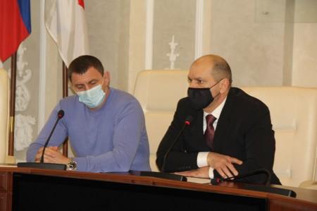 О строящемся Центре единоборств говорили депутаты на социальной комиссии