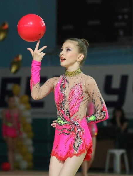 Воспитанница волгодонской СШОР №2 Карина Тухужева получила звание мастера спорта России