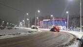 Колонны спецтехники для уборки снега были выведены на улицы Волгодонска
