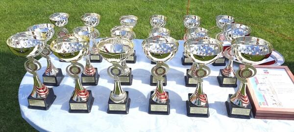 В Волгодонске в традиционной легкоатлетической эстафете, посвященной Первомаю и Дню Победы, приняли участие 57 команд